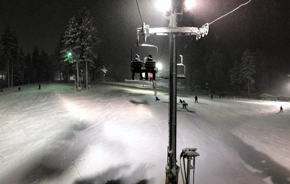 Snowboarding gear can add up quickly, making it an expensive outdoor sport. However, I was able to save hundreds of dollars on all of my gear as well as my lift passes. Here's how you can snowboard on a budget too. - THE BALLER ON A BUDGET