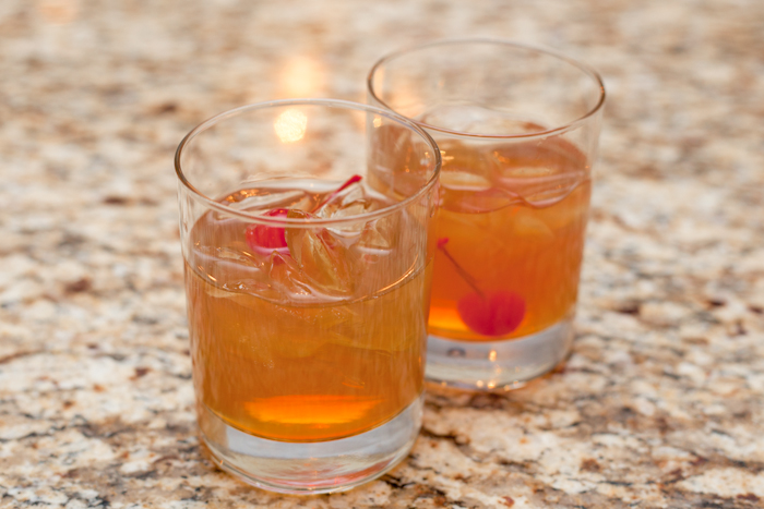 Amaretto sours are affordable and easy cocktails that require only two ingredients: Amaretto and sweet and sour mix. For a garnish, add a maraschino cherry.