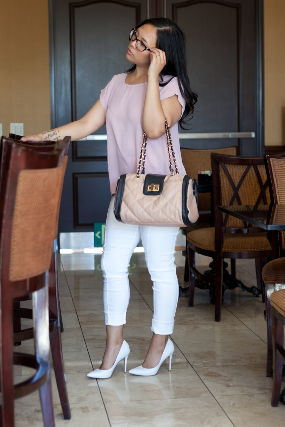 Shop the Look: Top: $12.90, Pants: $19.99, Heels: $56.69 - www.theballeronabudget.com