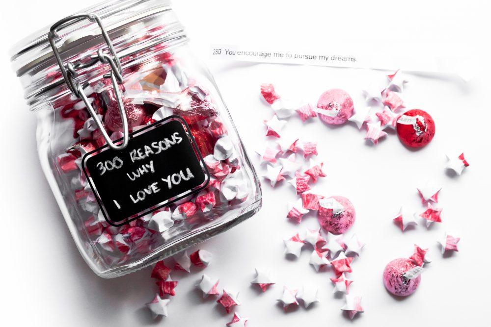 What if someone gave you a hundred reasons or even several hundred reasons why they love you? This thoughtful and crafty Valentine gift costs less than $10 to make, but will leave a lasting impression on your Valentine. Click here for the DIY tutorial! - THE BALLER ON A BUDGET