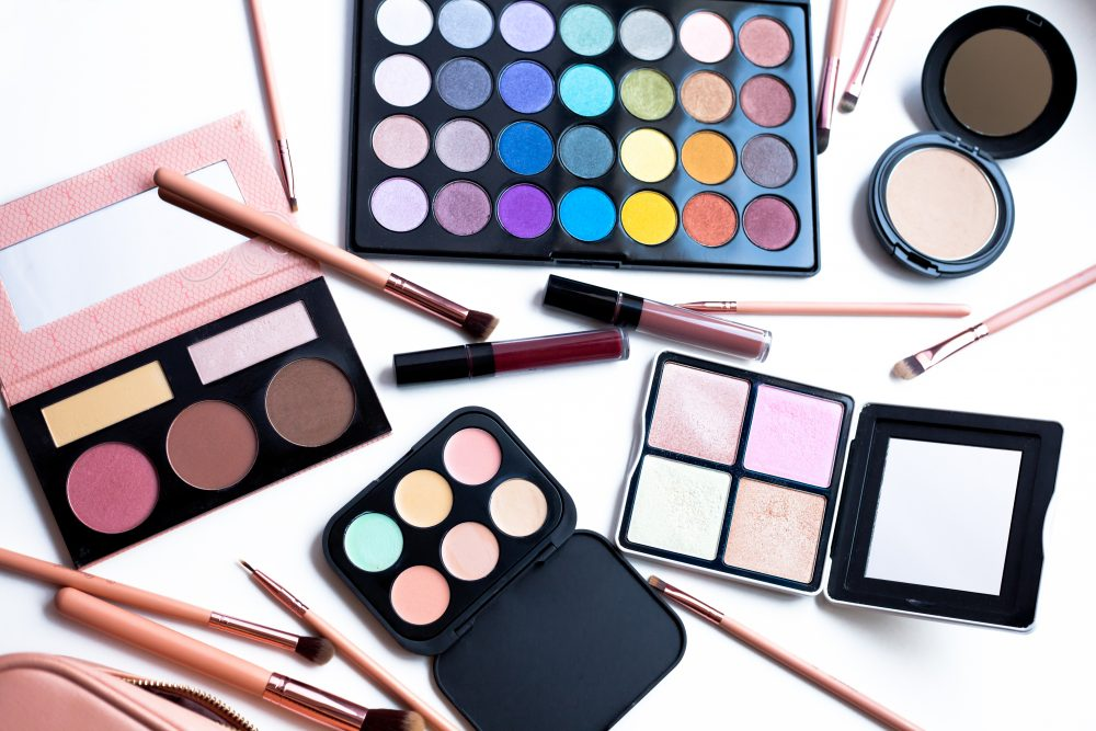 $20 and Under Makeup Dupes: BH Cosmetics Review - THE BALLER ON A ...
