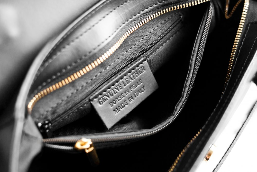 $2,650 Celine Belt bag vs. a $101 genuine Italian leather dupe: Read the review and find out where to buy here! - www.theballeronabudget.com
