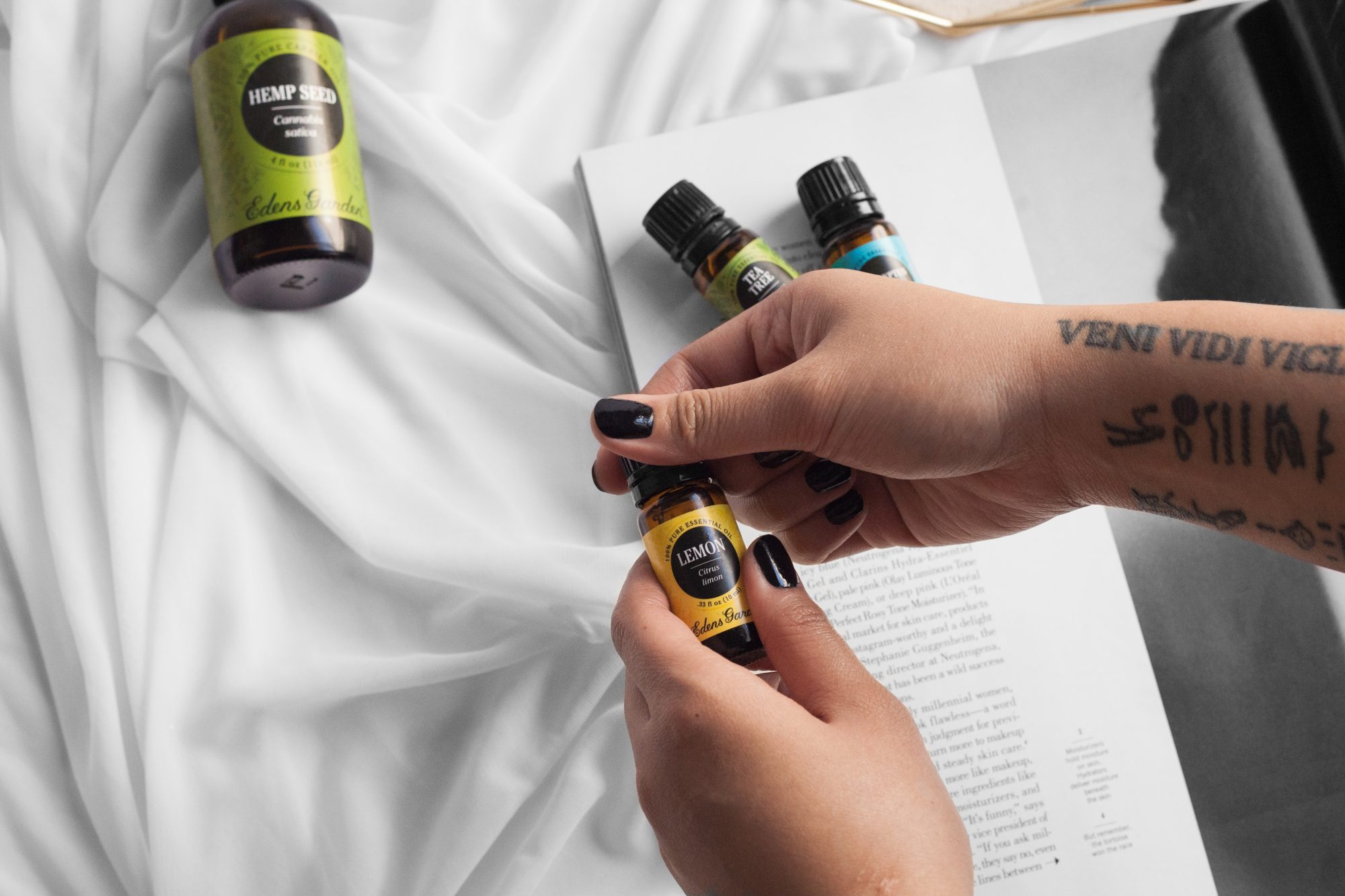 Wondering how I avoided getting sick for over 1 full year? Thanks to the power of Edens Garden essential oils, I am still cold and flu-free! Click to learn more about why this affordable brand is better than the rest. - www.theballeronabudget.com