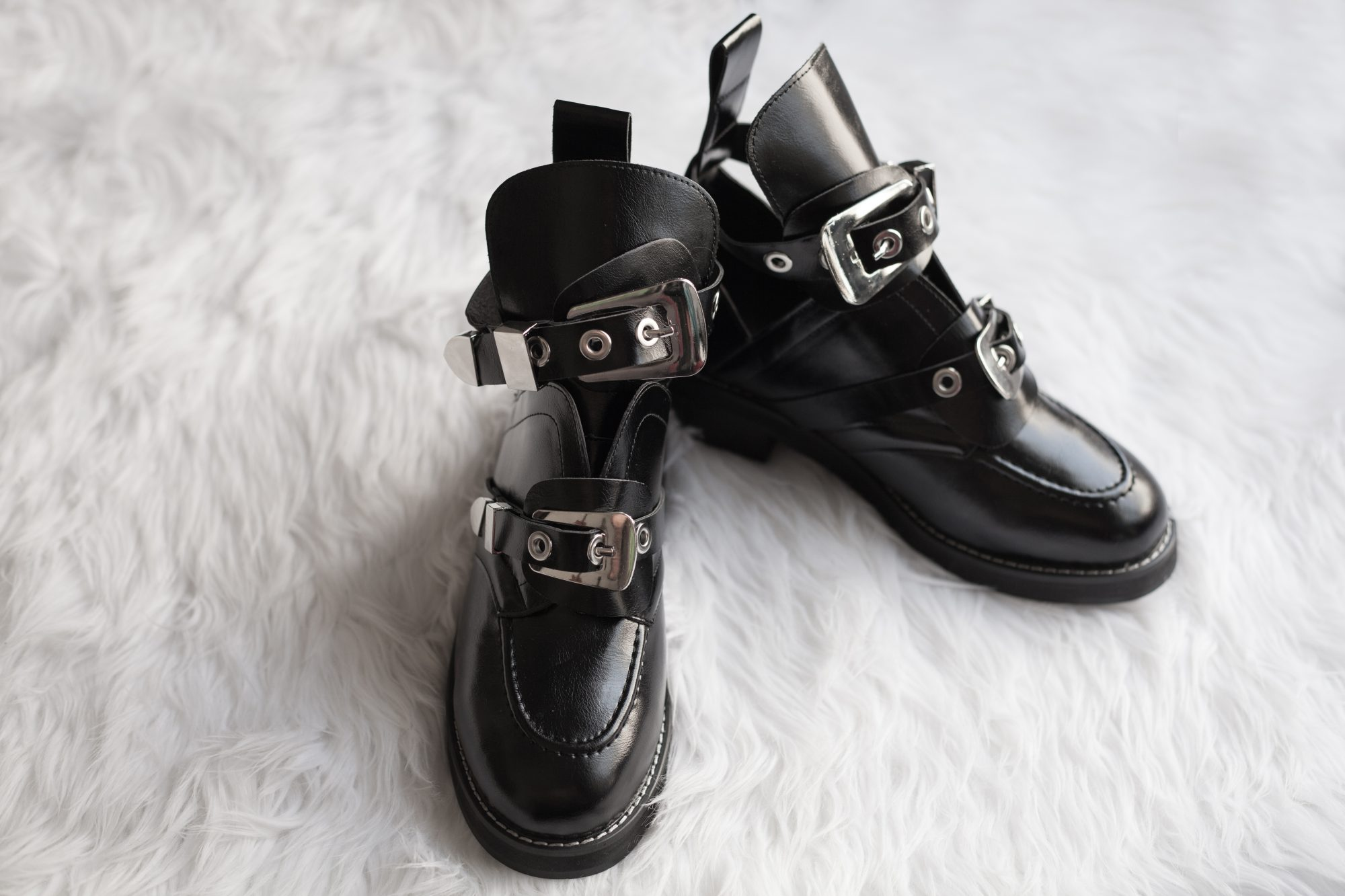 The Balenciaga Ceinture ankle boot costs a whopping $1,275. Here's a pair of genuine leather dupes for just $100. - www.theballeronabudget.com