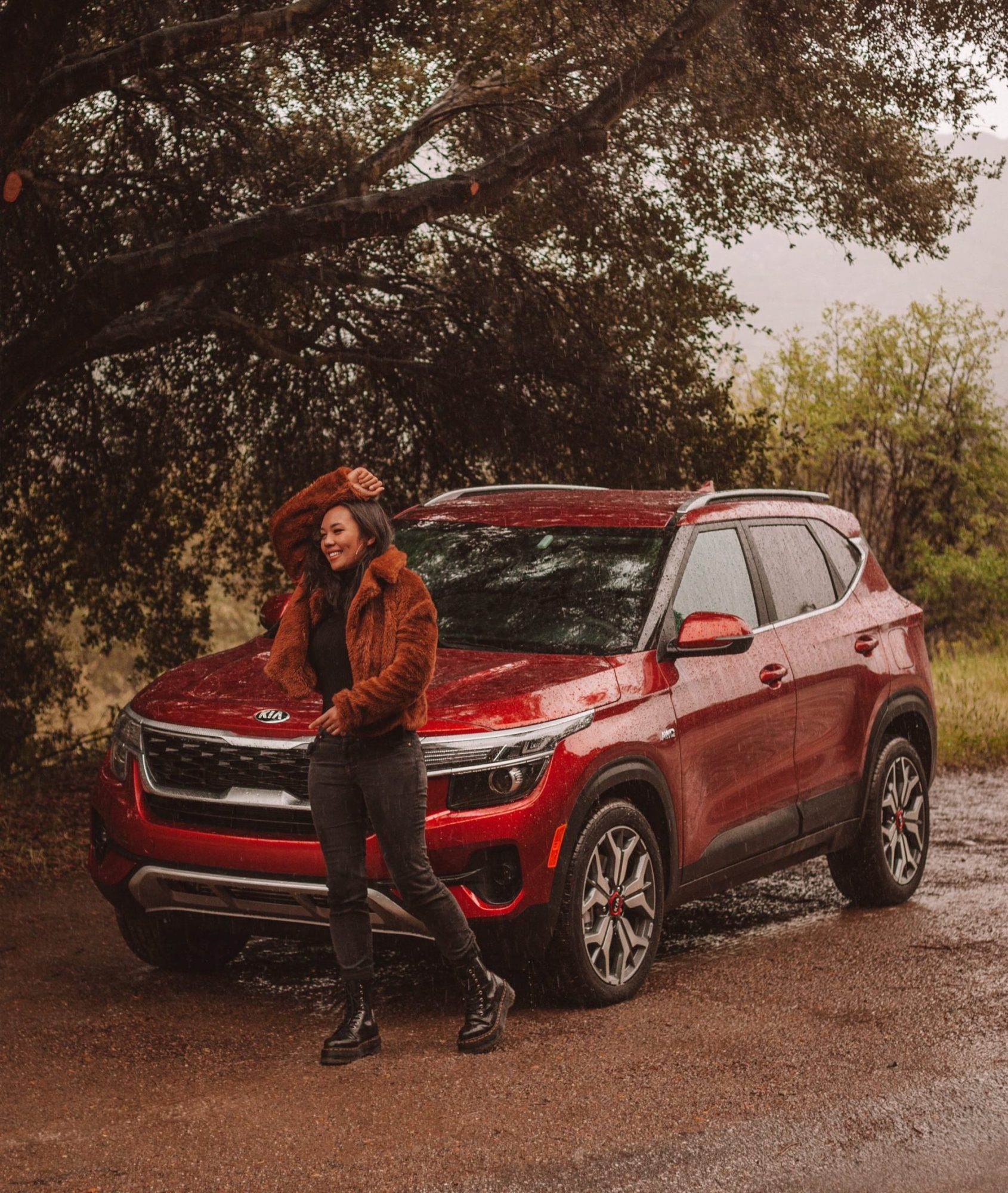 Aileen Luib adventuring outdoors with 2021 Kia Seltos SUV